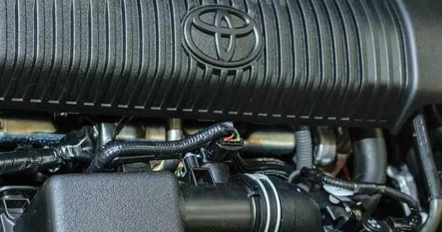 Servis Mobil Toyota